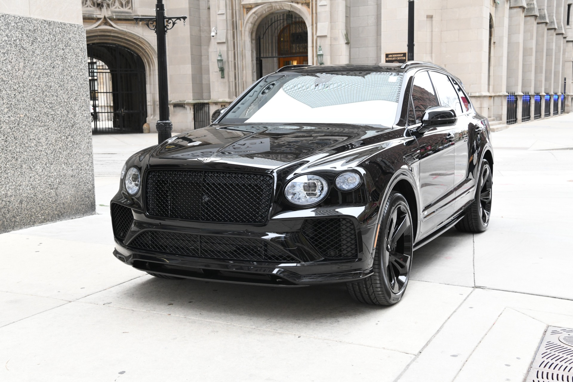 New 2021 Bentley Bentayga V8 | Chicago, IL