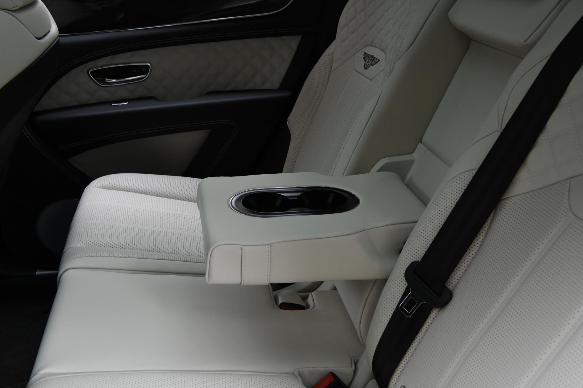 Used 2021 Bentley Bentayga V8 | Chicago, IL