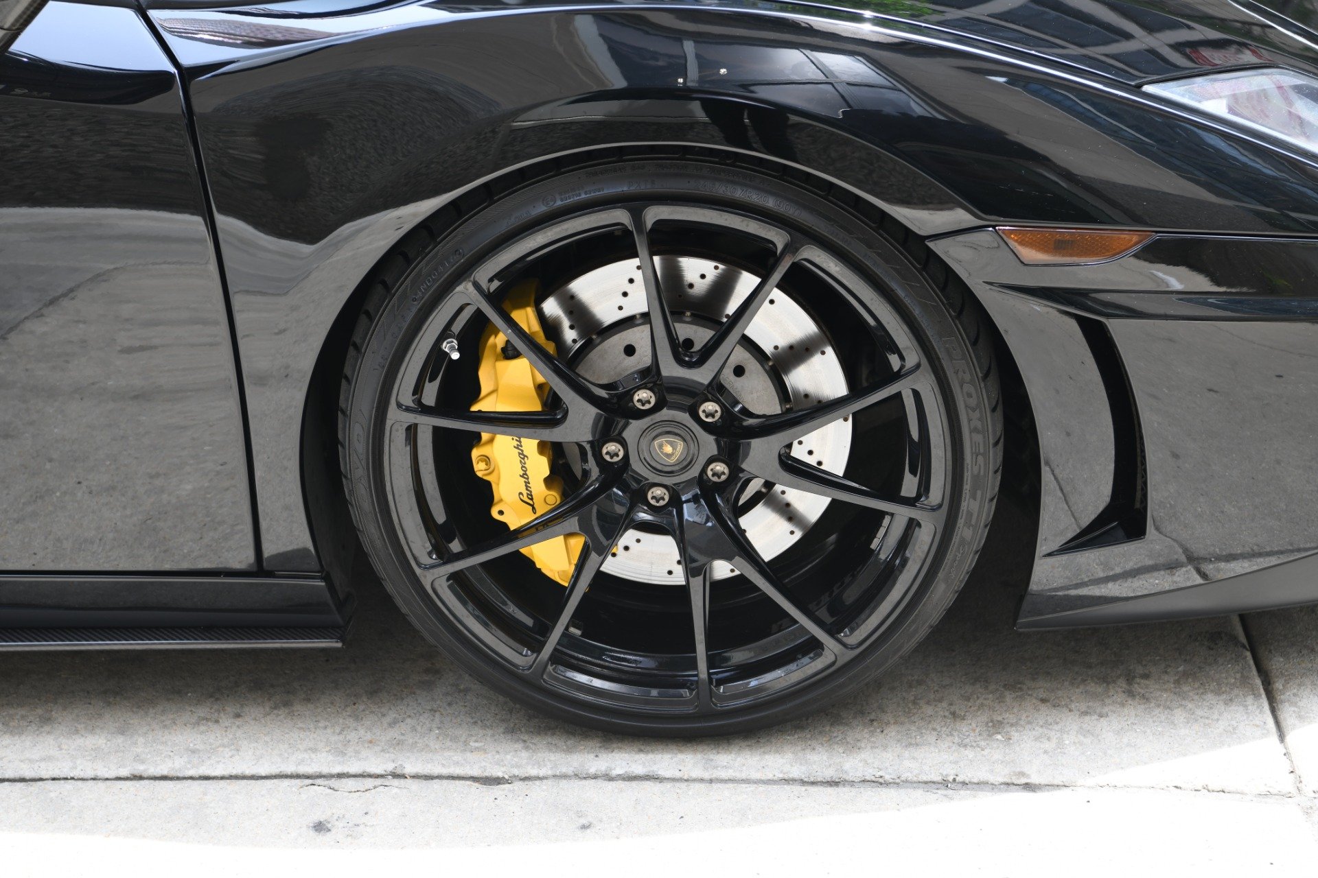 Used 2012 Lamborghini Gallardo LP 570-4 Spyder Performante | Chicago, IL