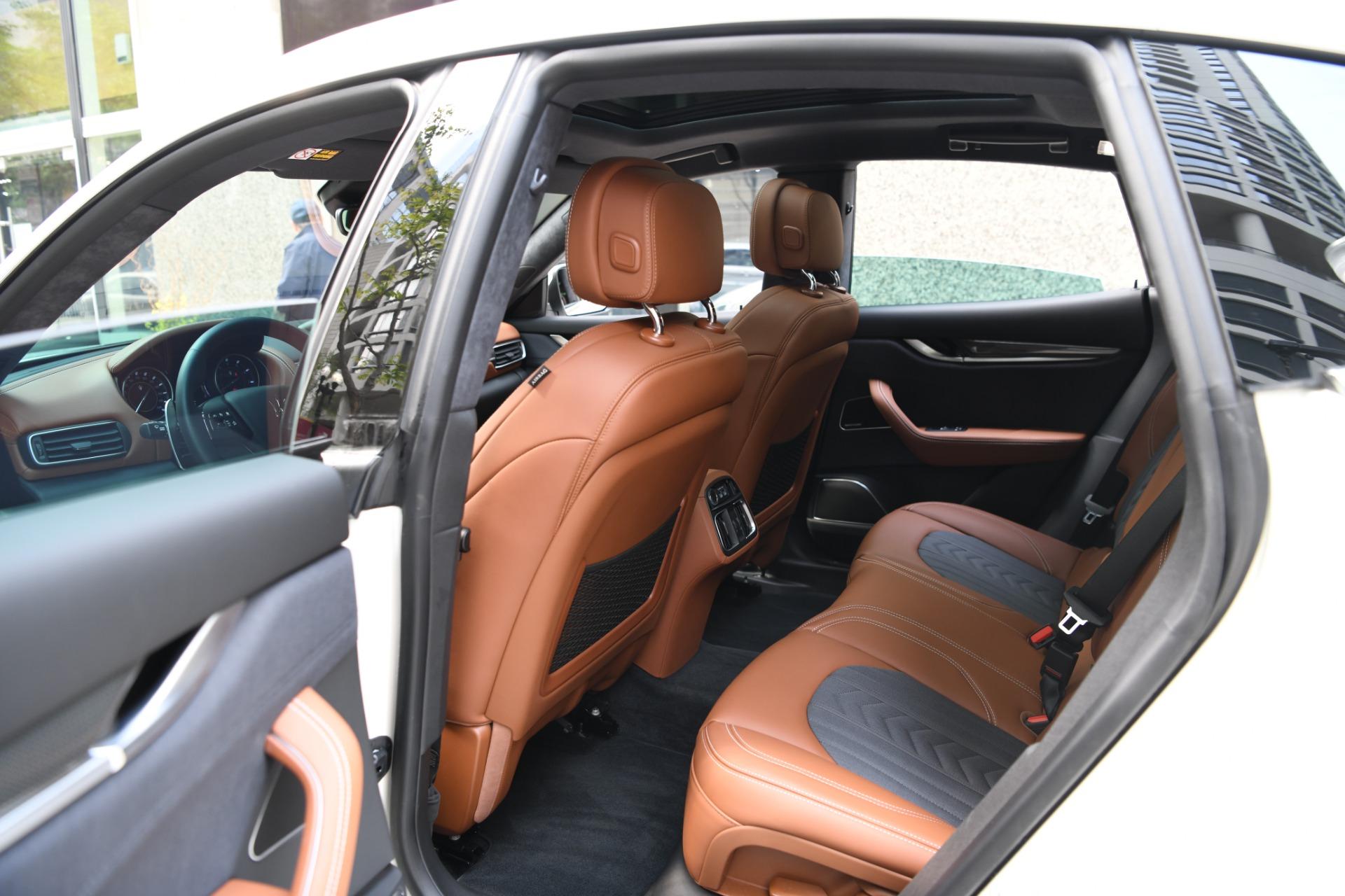 New 2021 Maserati Levante S GranLusso | Chicago, IL