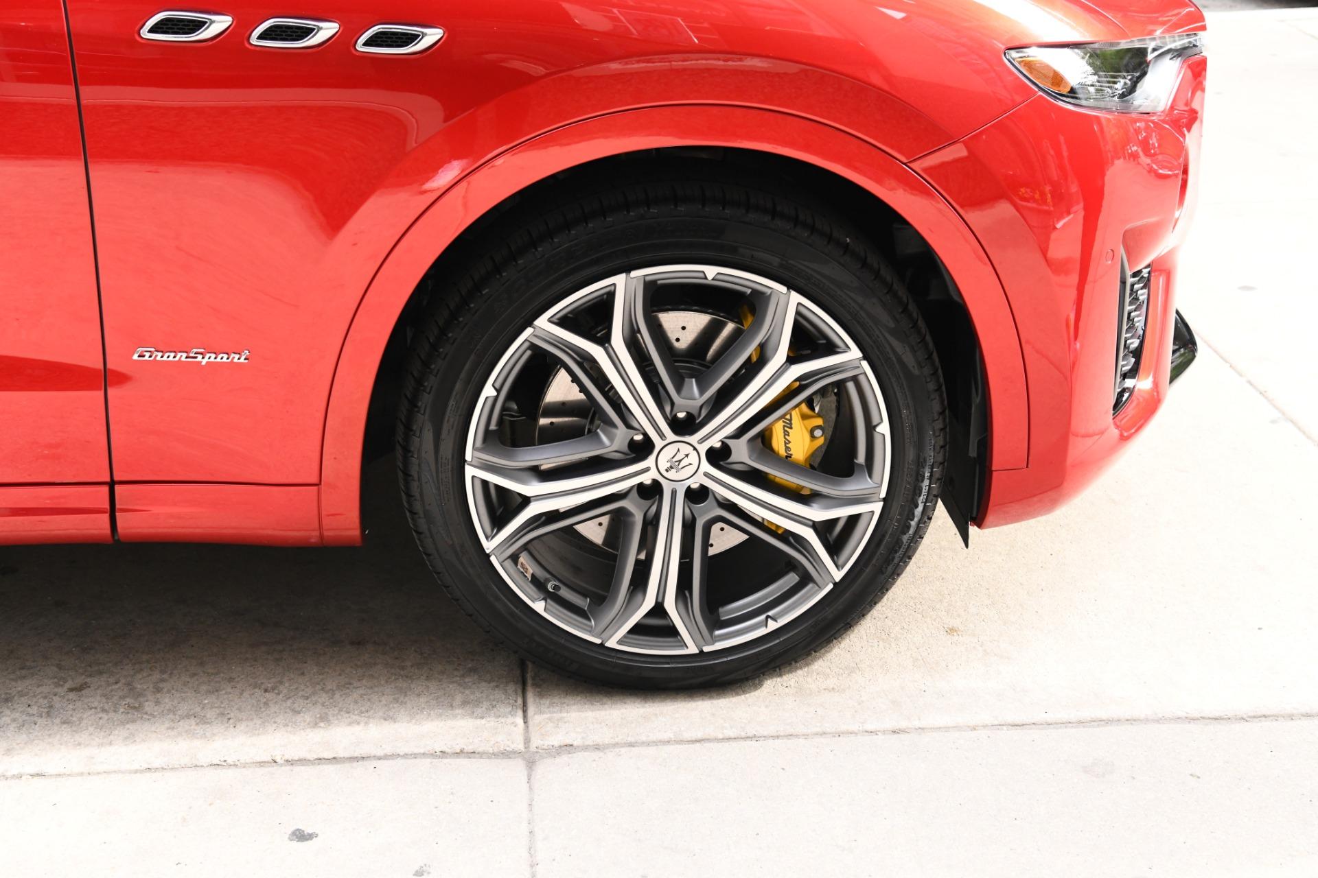 New 2021 Maserati Levante S GranSport   Chicago, IL