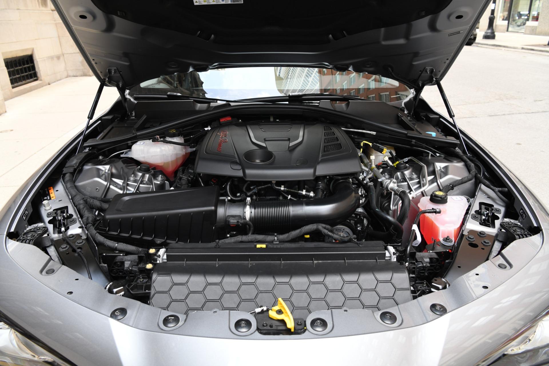 New 2021 Alfa Romeo Giulia Ti   Chicago, IL