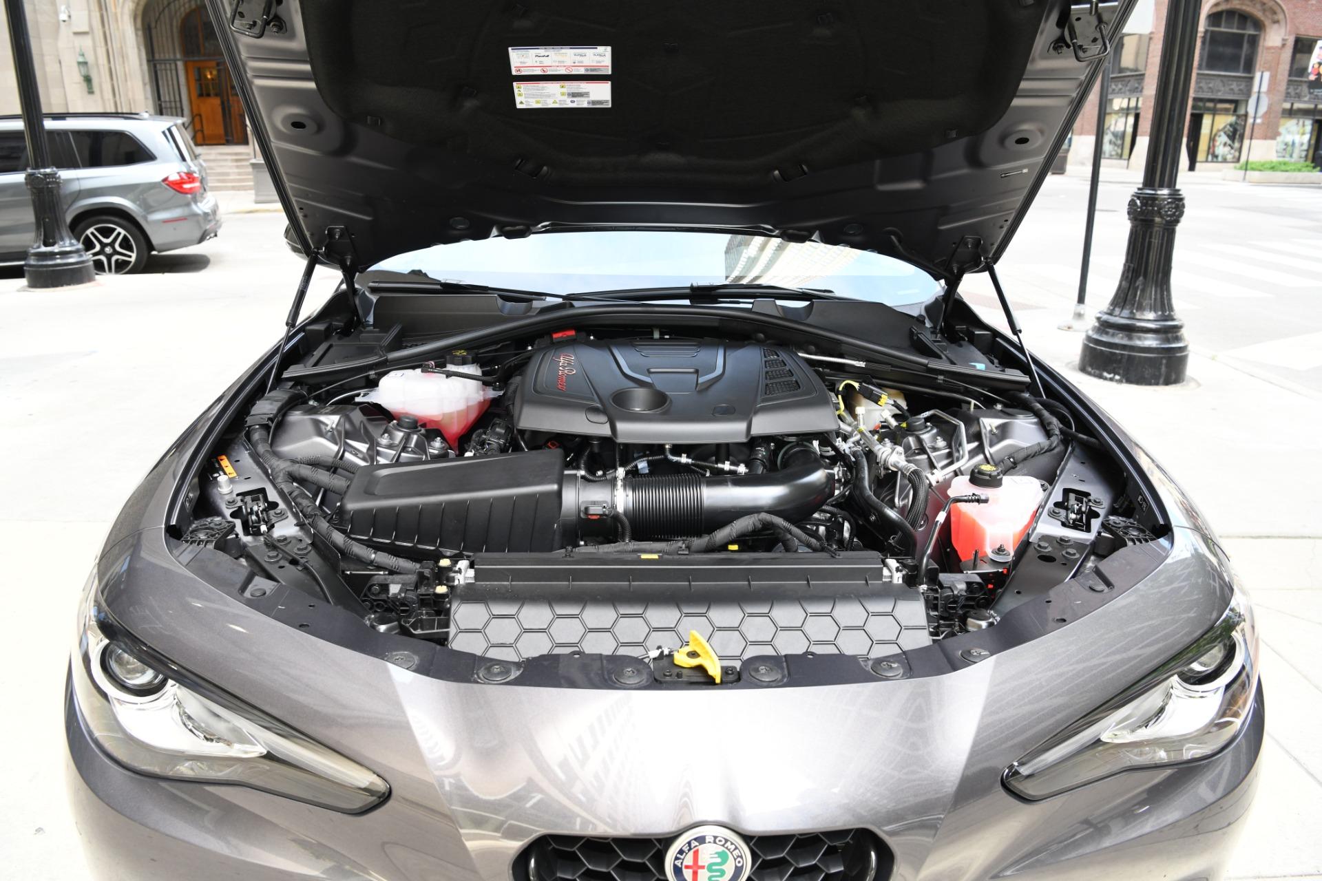 New 2021 Alfa Romeo Giulia Sprint | Chicago, IL