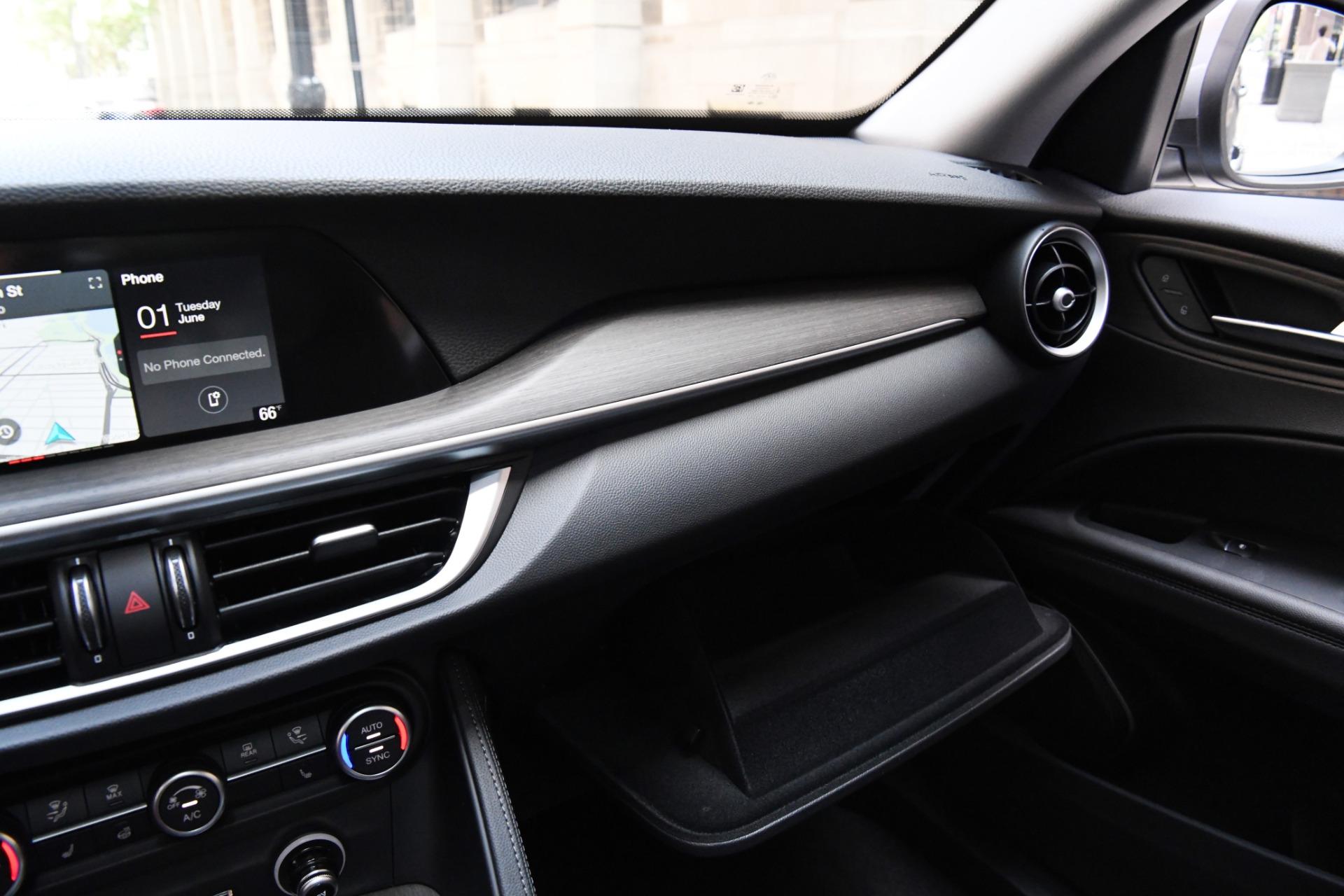 New 2021 Alfa Romeo Stelvio Ti | Chicago, IL