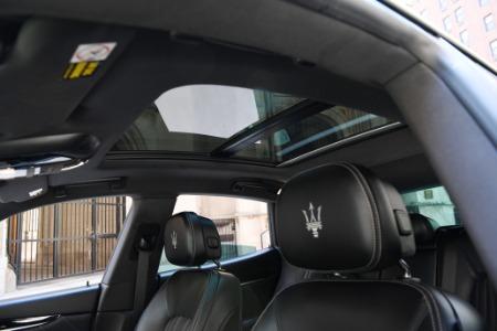 New 2021 Maserati Levante S   Chicago, IL