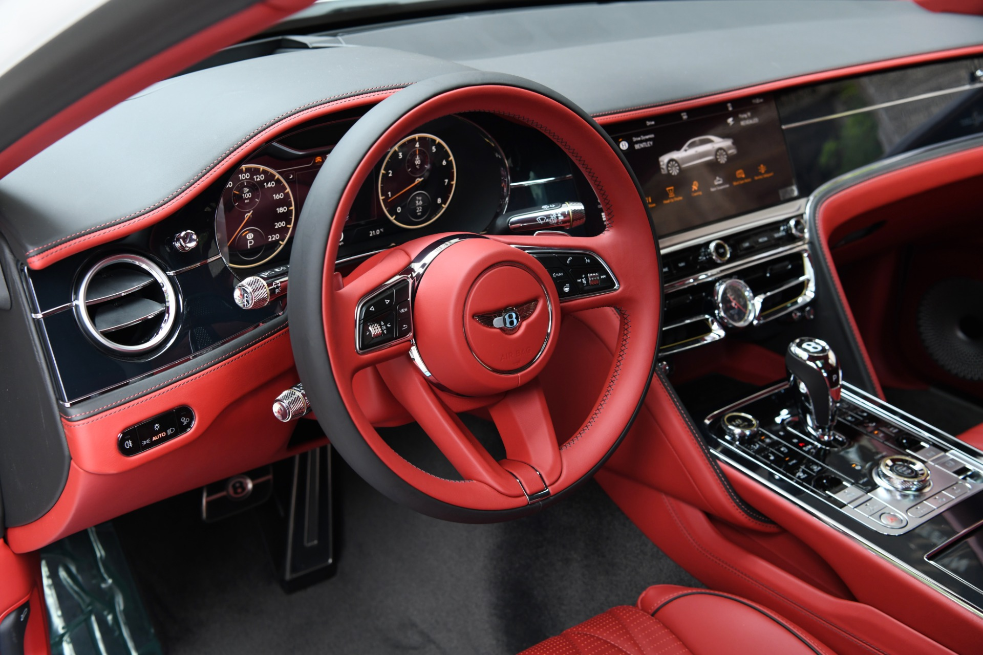 New 2021 Bentley Flying Spur V8   Chicago, IL